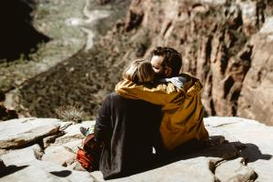 Grajenje povezanosti v odnosu s pomočjo konfliktov